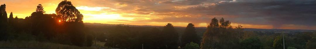 Beautiful sunrise over Bowral, caught on an early morning job